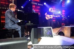 video: ed sheeran joins elton john to perform 'candle in the wind' at oscars party