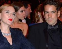 Scarlett Johansson is Carrying Fiancé Romain Dauriac's Child